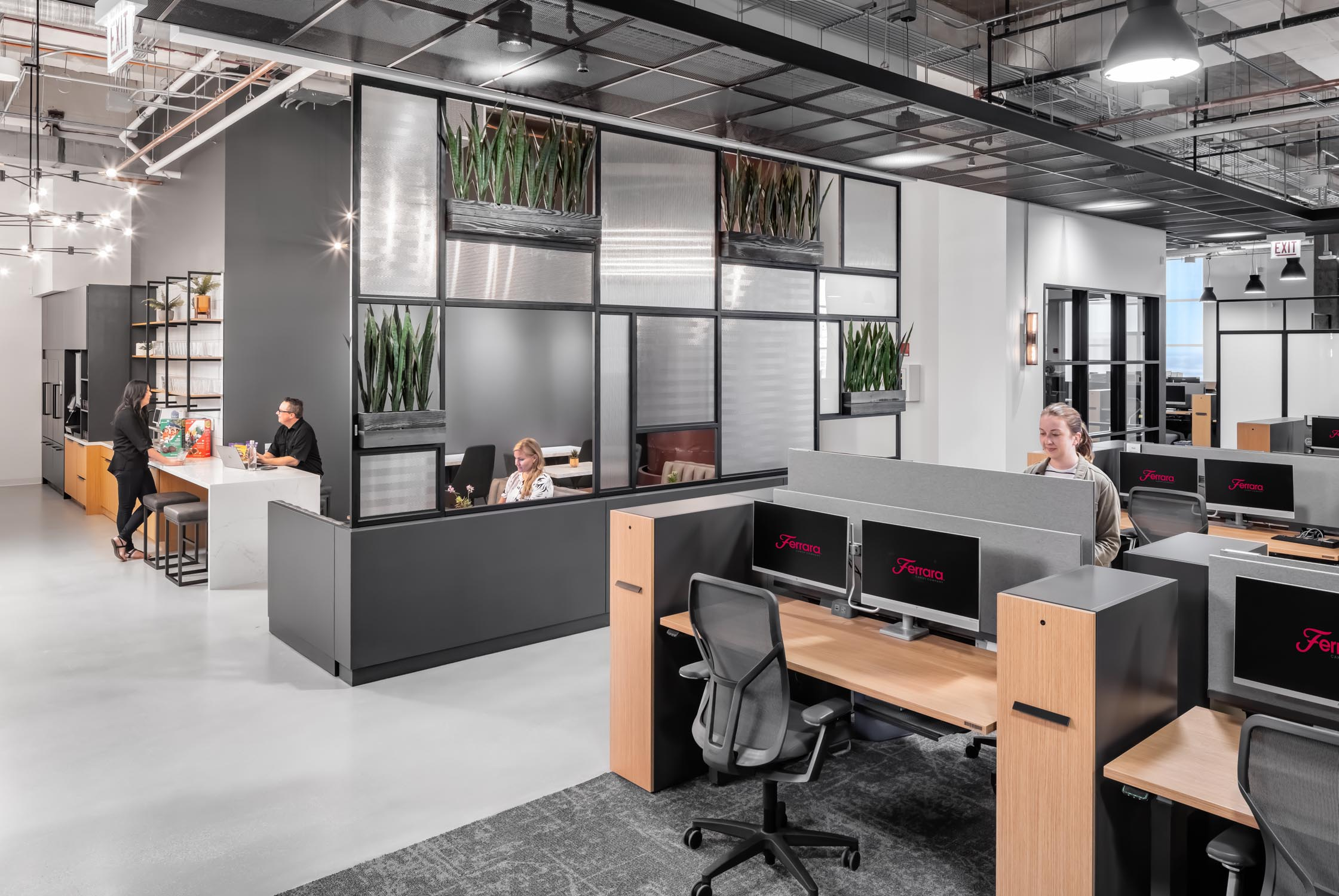 Adaptability, Comfort, Safety: Bringing back the open office post COVID-19