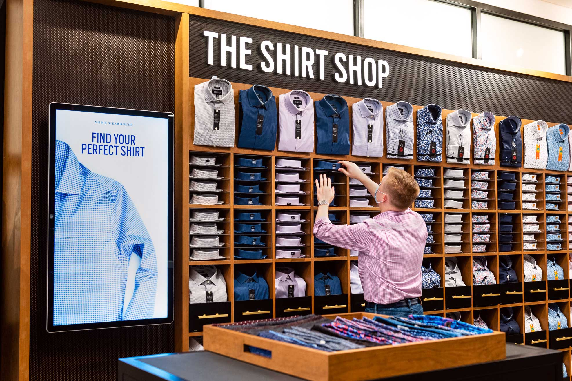 EXCLUSIVE: Men's Wearhouse Unveils Next-Gen Retail Strategy